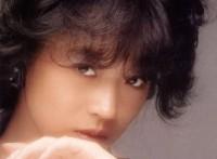 この画像は、このサイトの記事「中森明菜 飾りじゃないのよ涙は 無料音楽視聴動画まとめ YouTube」のイメージ写真画像として利用しています。